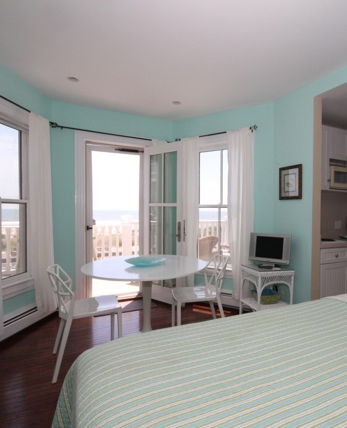 The Cove Guest Room | Sleeps 2